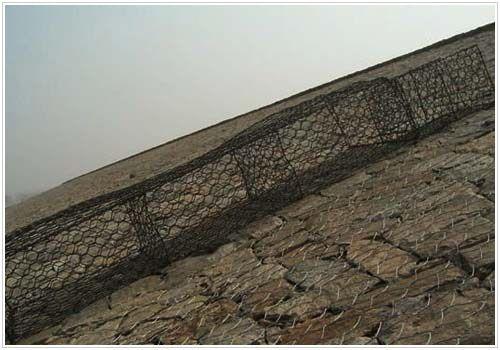 山区高压塔地基图片